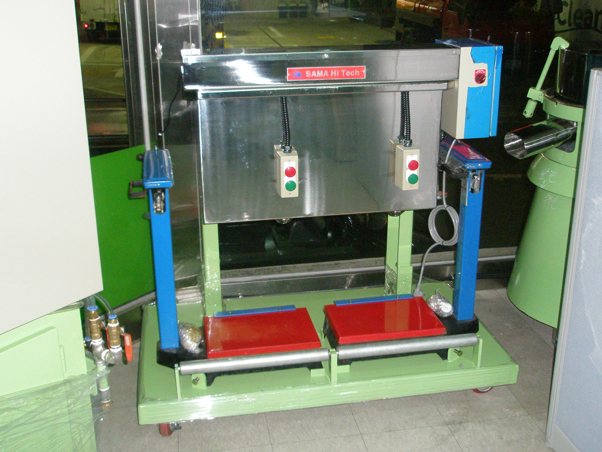 filling machine 04.JPG